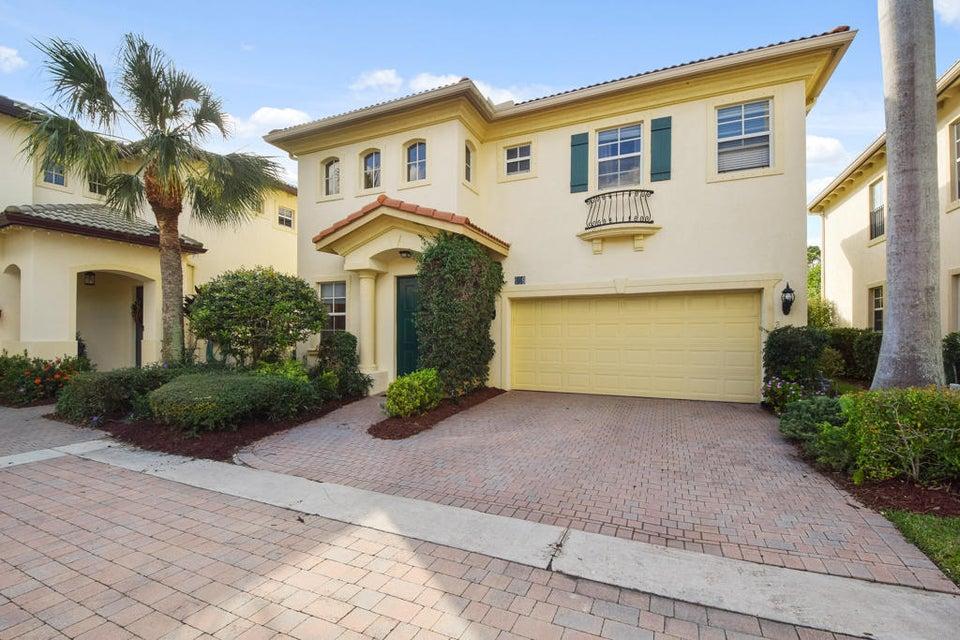 609 Moondancer Court, Palm Beach Gardens, FL 33410