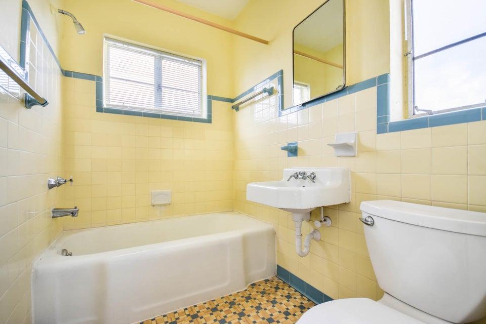 210 Ocean Breeze, Lake Worth, Florida 33460, ,Quadplex,For Sale,4- plex,Ocean Breeze,RX-10388373