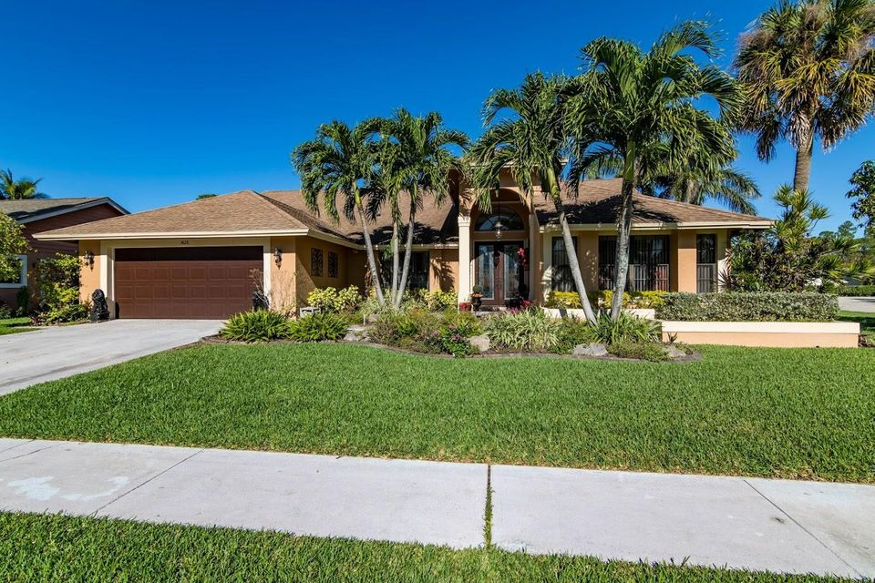 13628 Northumberland Circle, Wellington, FL 33414