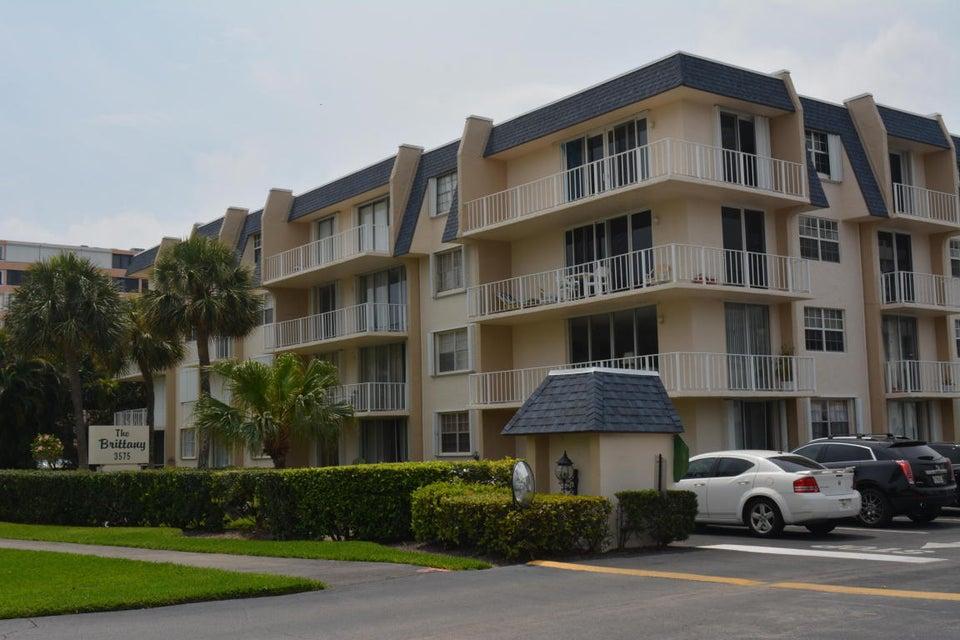 3575 S Ocean Boulevard 407, South Palm Beach, FL 33480