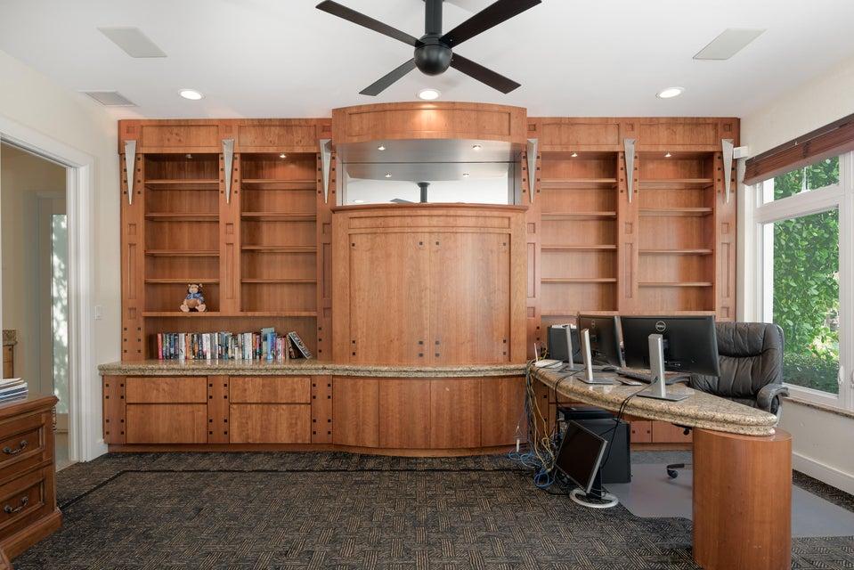 2nd Floor Office w/Full Bath