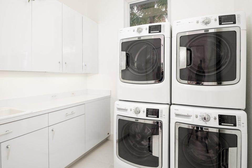 2nd Floor-Huge Laundry