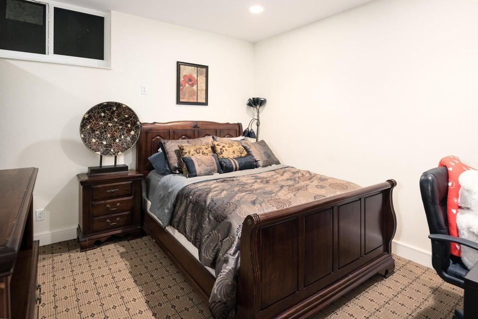 1st Floor-Guest Bed #4