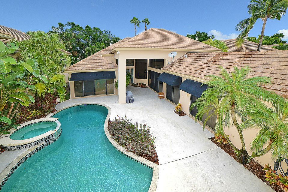2447 Nw 62nd Street