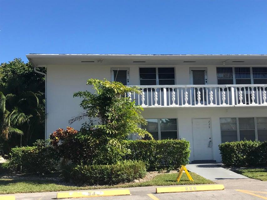 Northampton R West Palm Beach