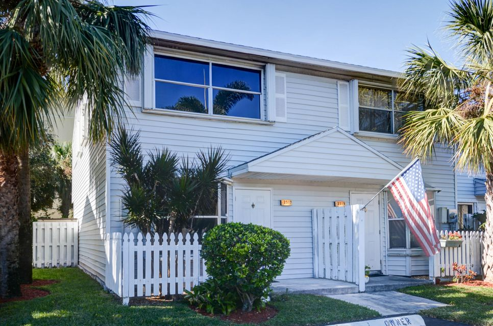 Pompano Beach, Florida 2 Bedroom Townhouse For Sold By Owner (FSBO ...