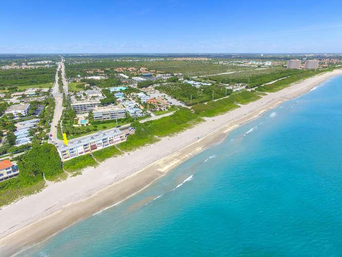 1002 Ocean Dr Juno Beach FL-small-026-6-