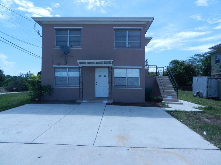 3740 Avenue S, Riviera Beach, Florida 33404, ,Duplex,For Sale,Avenue S,RX-10391746