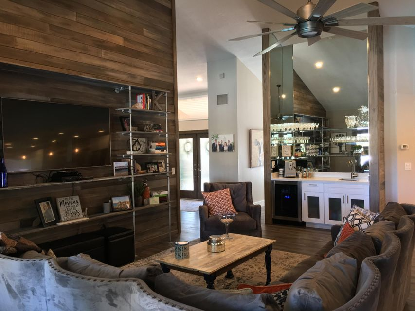 Open Family Room with Wet Bar