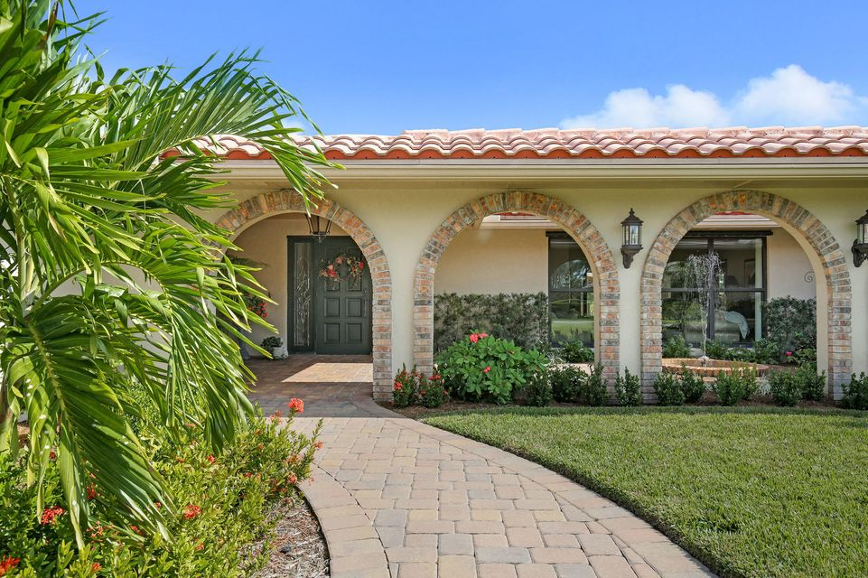 6700 w calumet circle lake worth fl 33467 sotheby 39 s for Bathrooms plus lake worth fl