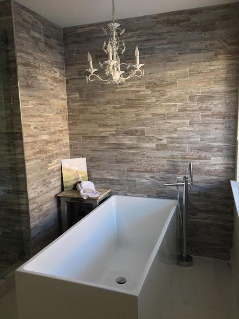 Freestanding Tub in Master Bath
