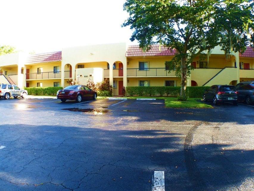930 SW 9TH Street Circle #105 Boca Raton, FL 33486