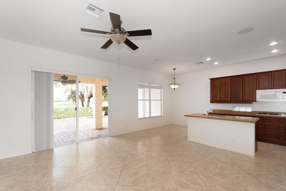 107 Casa Grande Ct Palm Beach-large-002-