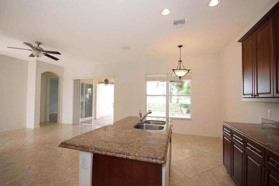 107 Casa Grande Ct Palm Beach-large-008-