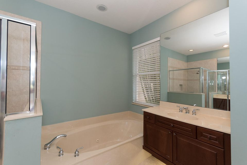 107 Casa Grande Ct Palm Beach-large-023-
