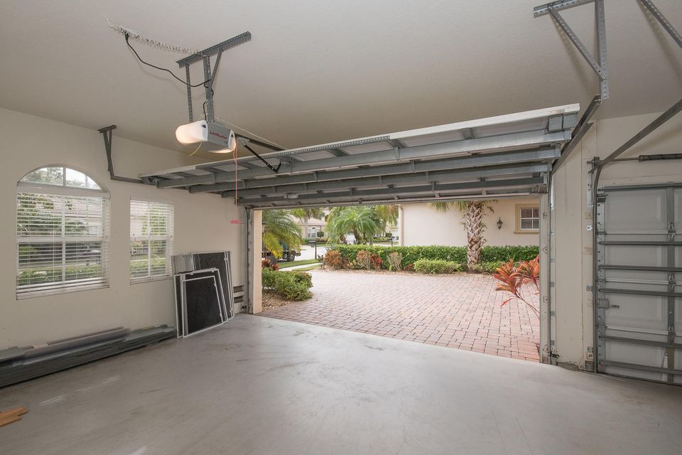 107 Casa Grande Ct Palm Beach-large-052-