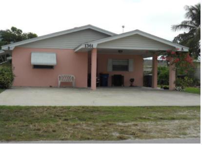 1361 Binney Drive, Hutchinson Island, Florida 34949, ,Duplex,For Sale,Binney,RX-10396550