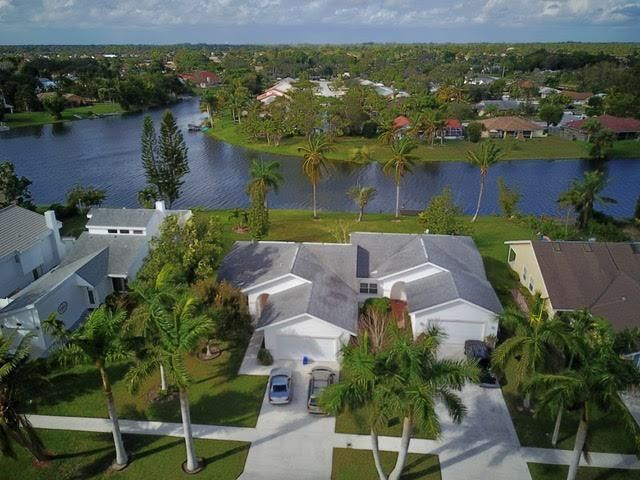 12670 Westhampton Circle, Wellington, Florida 33414, ,Duplex,For Sale,Westhampton,RX-10395863