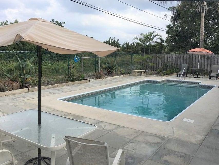 2901 Albatross Road, Delray Beach, Florida 33444, ,Triplex,For Sale,Albatross,RX-10397242