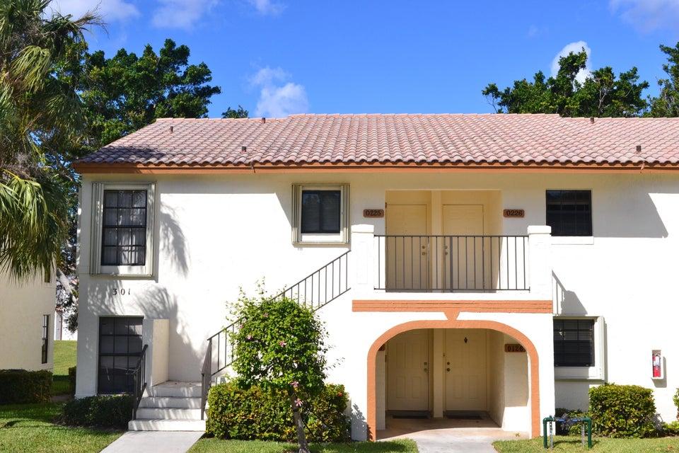 301  Olivewood Place #o126 Boca Raton, FL 33431