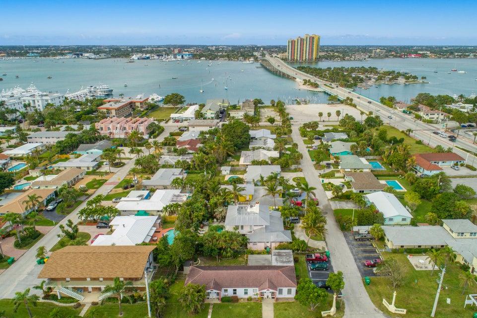 2435 Park Avenue, Singer Island, Florida 33404, ,Quadplex,For Sale,Park,RX-10404439