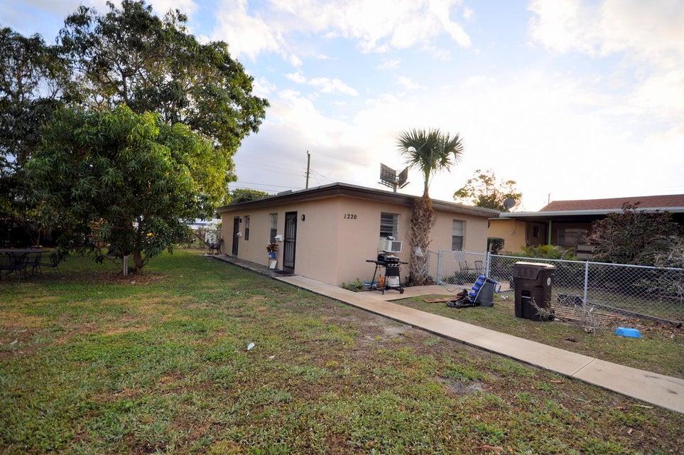 1220 Worthington Street, West Palm Beach, Florida 33401, ,Duplex,For Sale,Worthington,RX-10399450