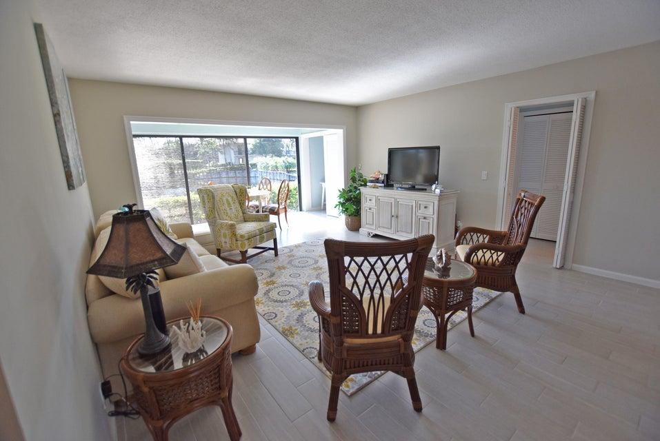 4052 A Quail Ridge Drive, Boynton Beach, Florida 33436, 2 Bedrooms Bedrooms, ,2 BathroomsBathrooms,Condo/Coop,For Sale,Osprey,Quail Ridge,1,RX-10399774