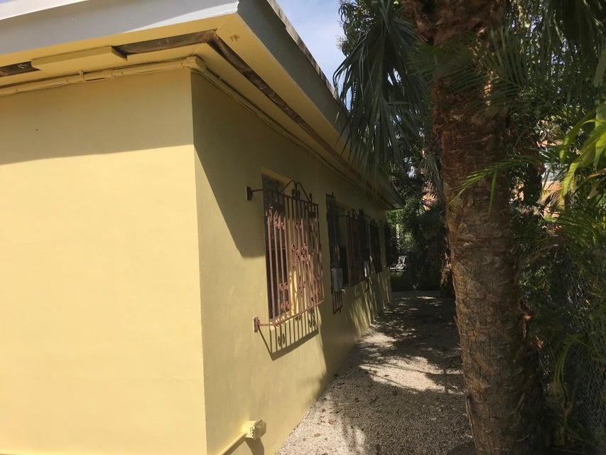 1115 21st Street- West Palm Beach- Florida 33407, ,Duplex,For Sale,21st,RX-10326891