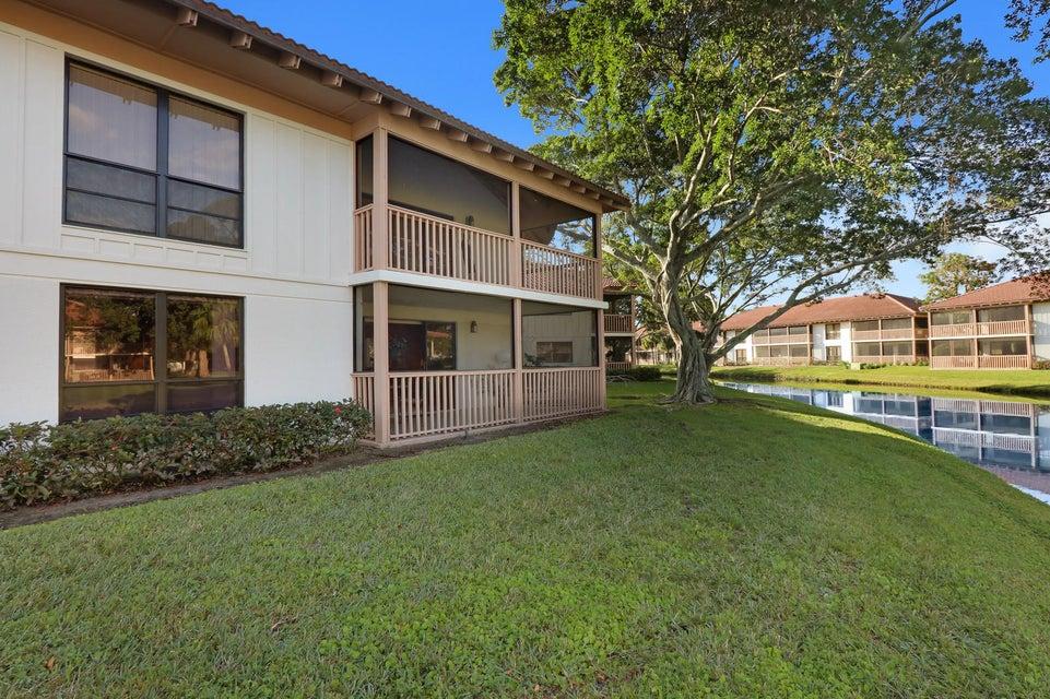 463 Brackenwood Lane, Palm Beach Gardens FL 33418 | Tauber Real Estate