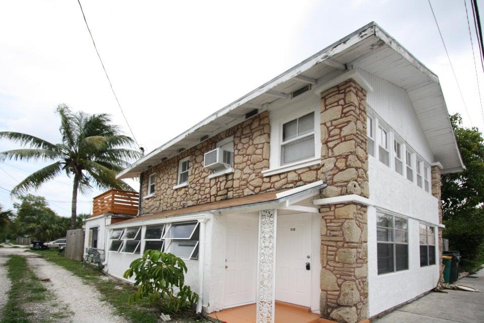 708 3rd Avenue, Lake Worth, Florida 33460, ,Triplex,For Sale,3rd,RX-10402401