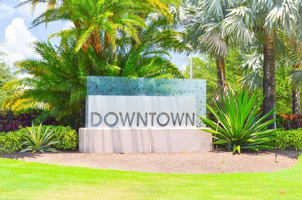 5641 Golden Eagle Circle, Palm Beach Gardens, Florida