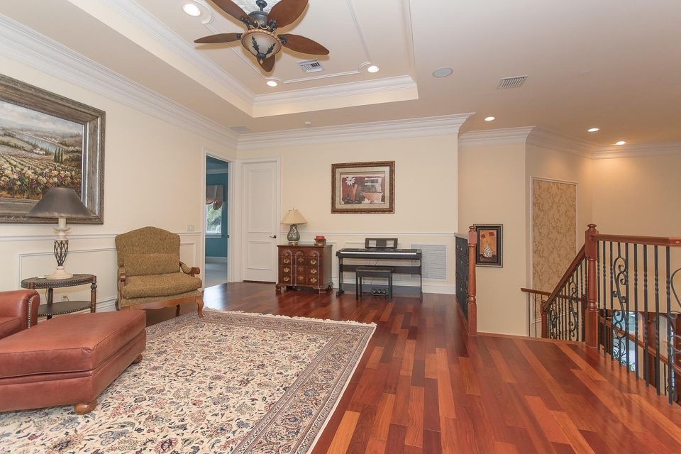 653 Hermitage Cir Palm Beach-large-076-6