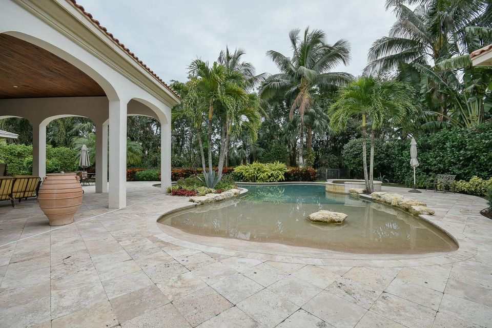 653 Hermitage Cir Palm Beach-large-089-9