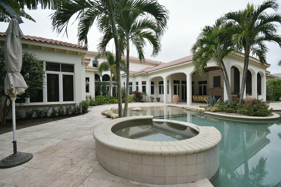 653 Hermitage Cir Palm Beach-large-090-1