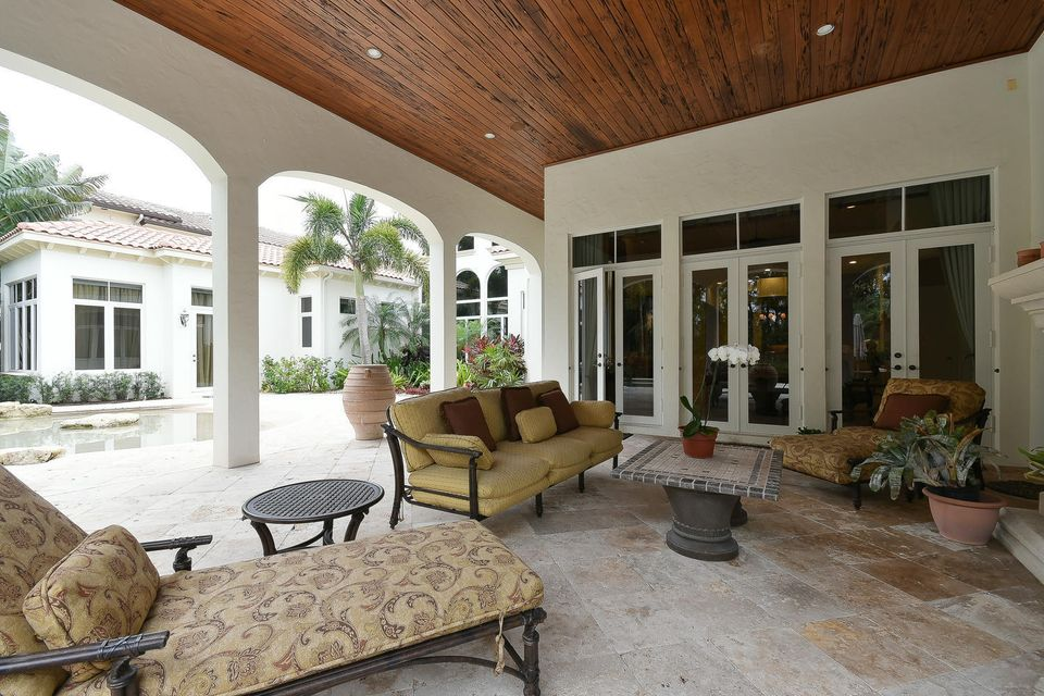 653 Hermitage Cir Palm Beach-large-093-7