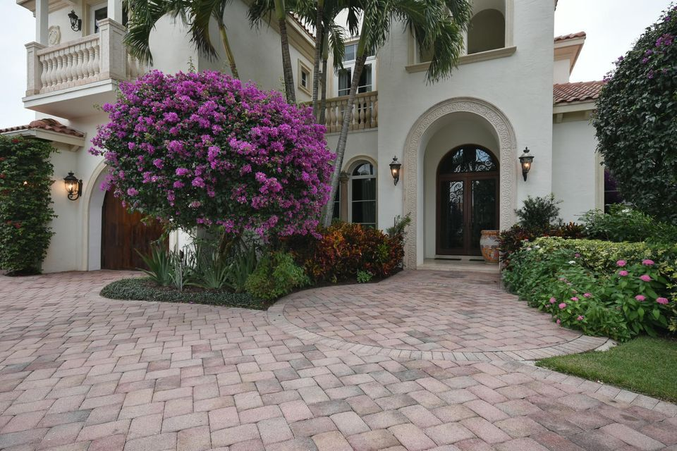 653 Hermitage Cir Palm Beach-large-096-8