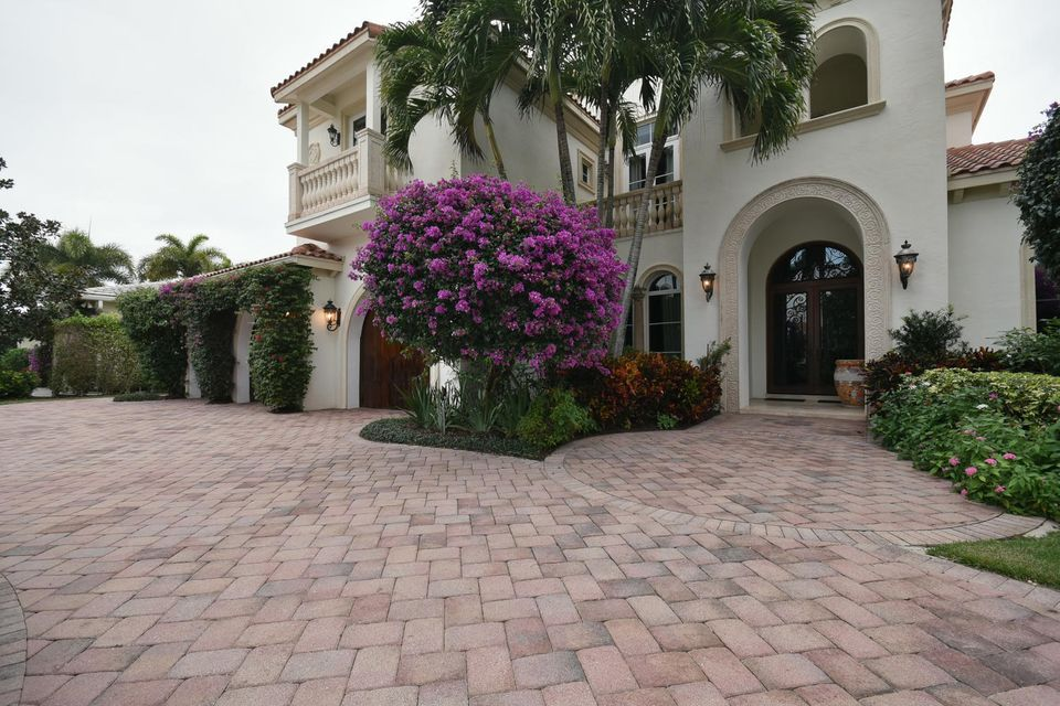 653 Hermitage Cir Palm Beach-large-097-8
