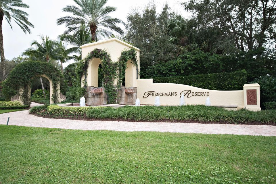 653 Hermitage Cir Palm Beach-large-115-1