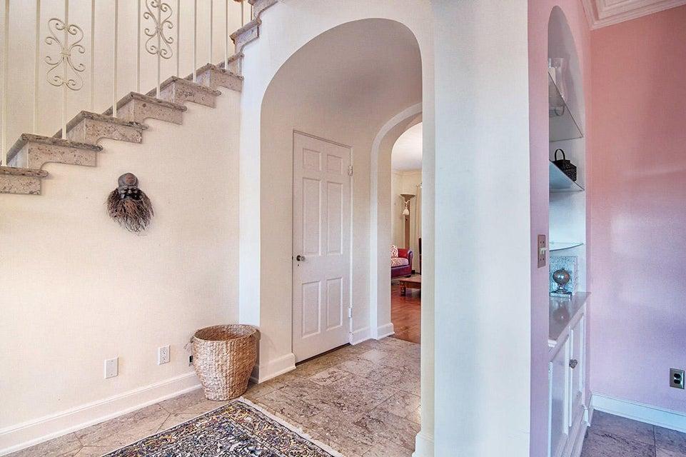 04 Hallway