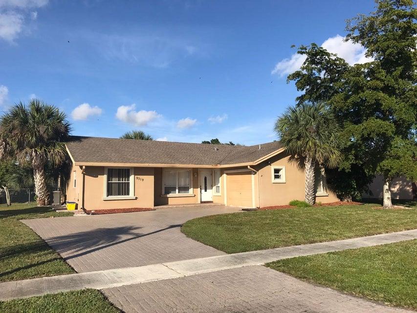 9319  Southampton Place Boca Raton, FL 33434