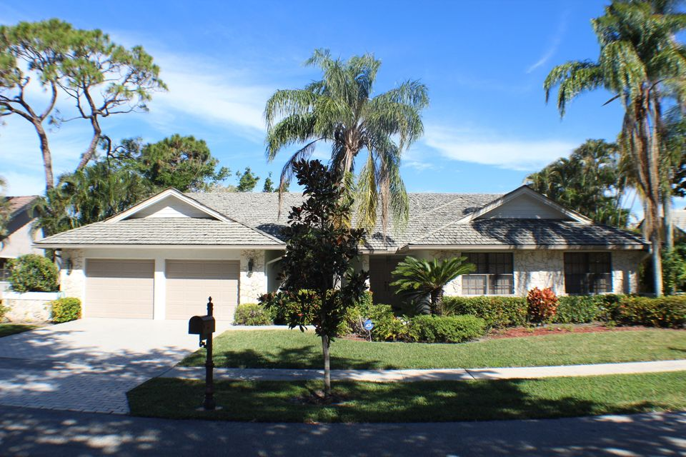 2677 Nw 48th Street