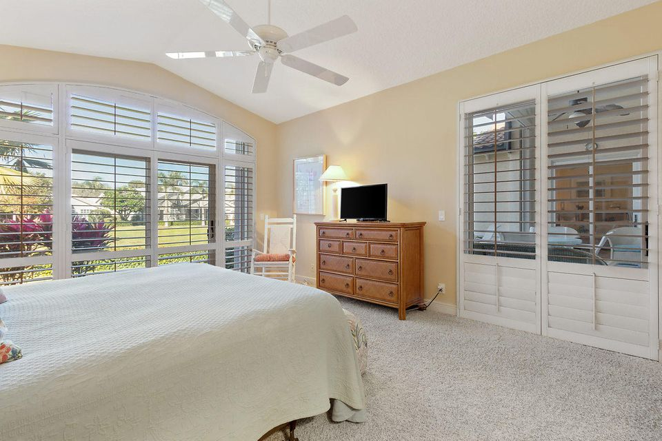 017-3818OutlookCt-Jupiter-FL-small