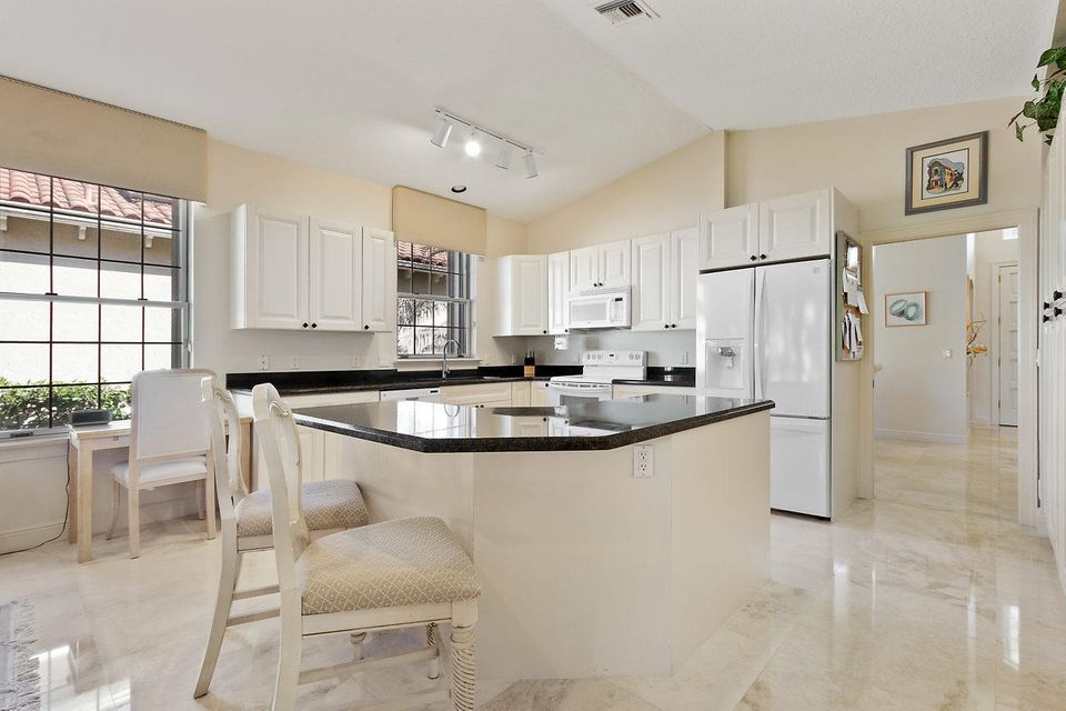 022-3818OutlookCt-Jupiter-FL-small