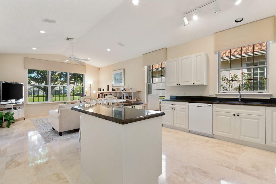 023-3818OutlookCt-Jupiter-FL-small