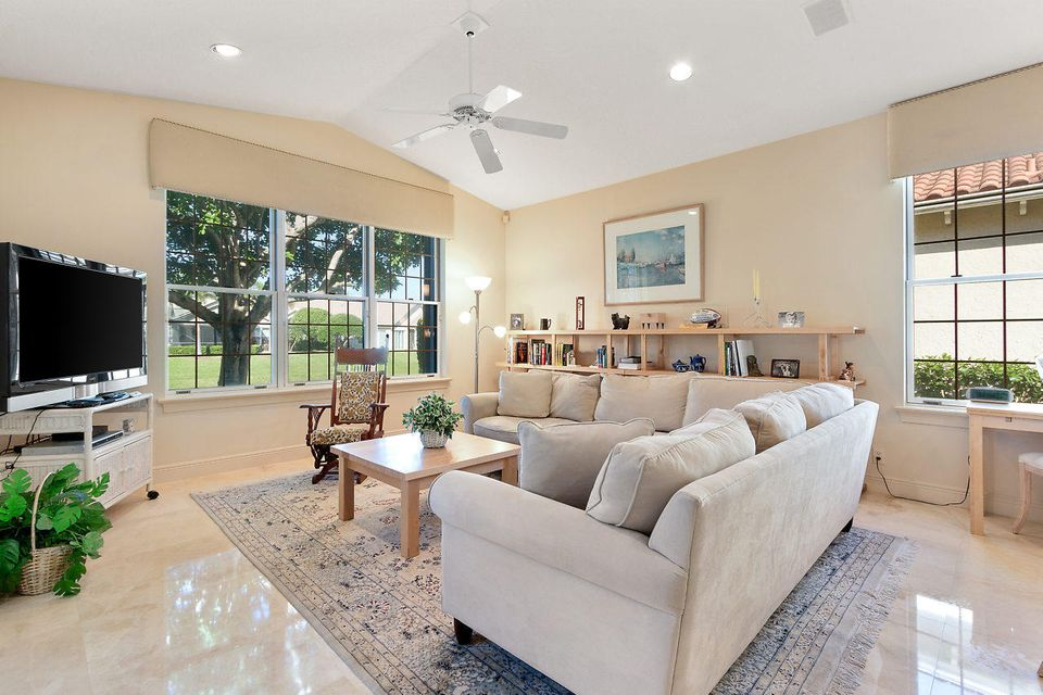 025-3818OutlookCt-Jupiter-FL-small