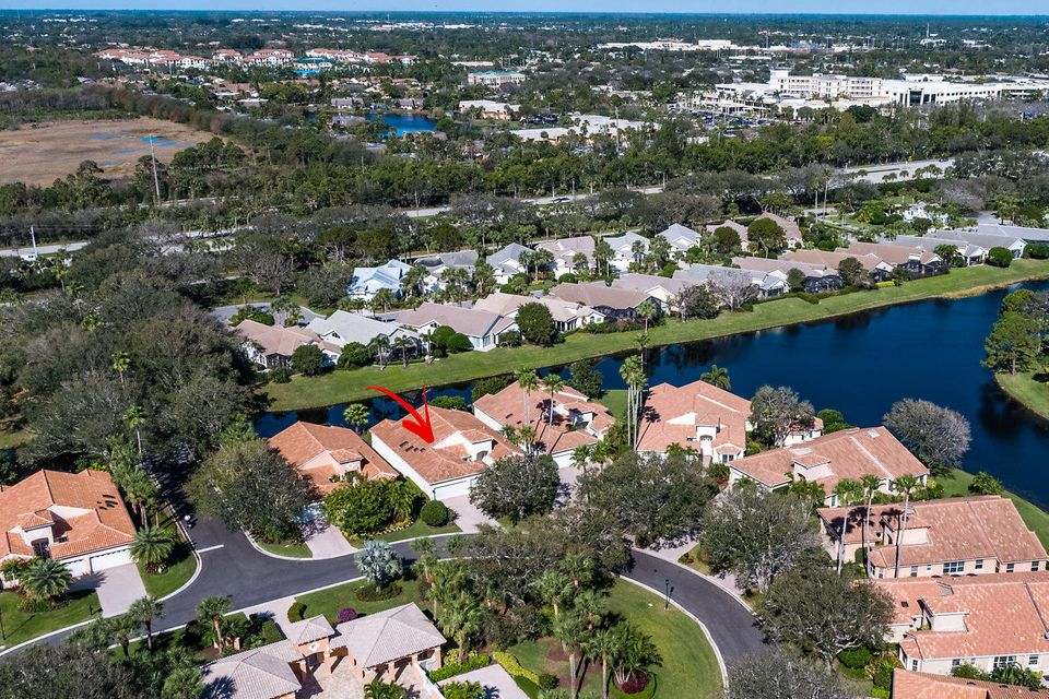 038-3818OutlookCt-Jupiter-FL-small