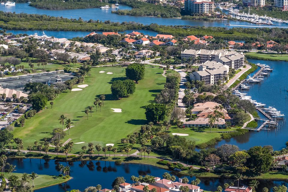 044-3818OutlookCt-Jupiter-FL-small