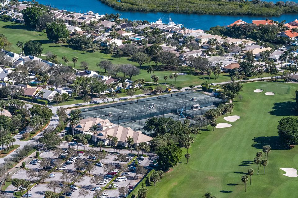 045-3818OutlookCt-Jupiter-FL-small