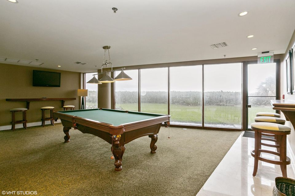 Community Pool Room