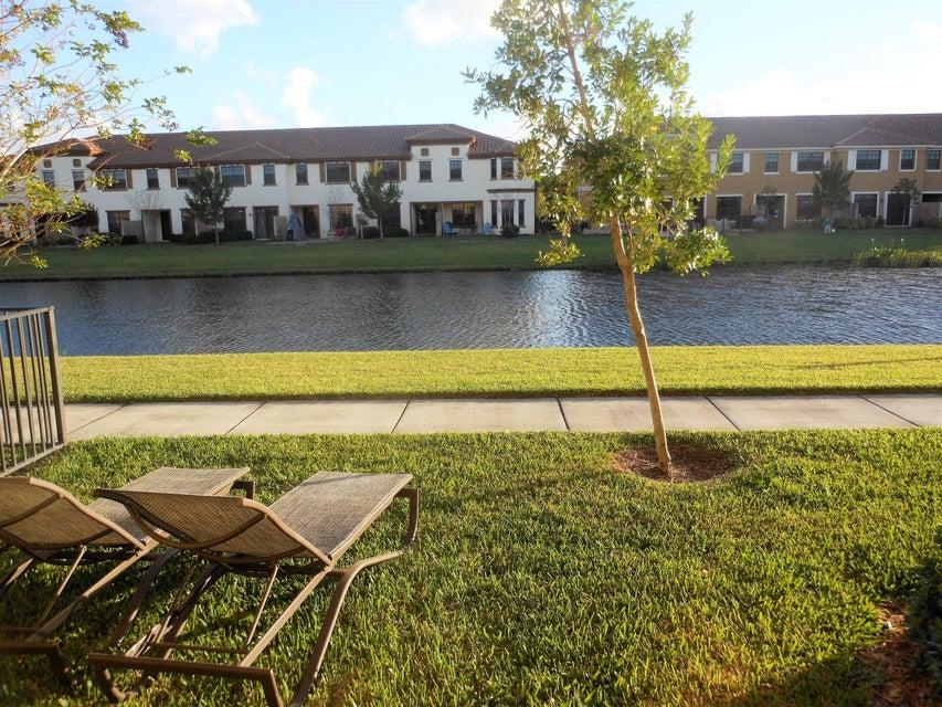 10385 Wellington Parc Drive,Wellington,Florida 33449,3 Bedrooms Bedrooms,2 BathroomsBathrooms,Townhouse,Wellington Parc,RX-10407470